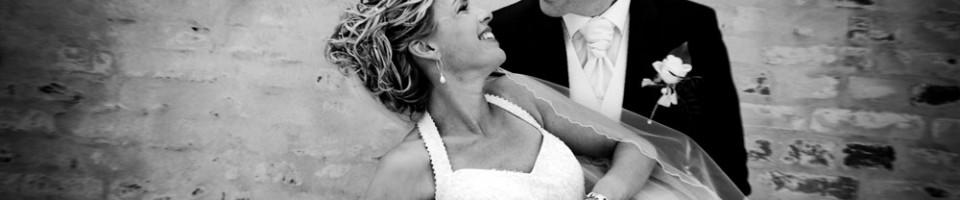 Du kigger på bryllupsbillederne….