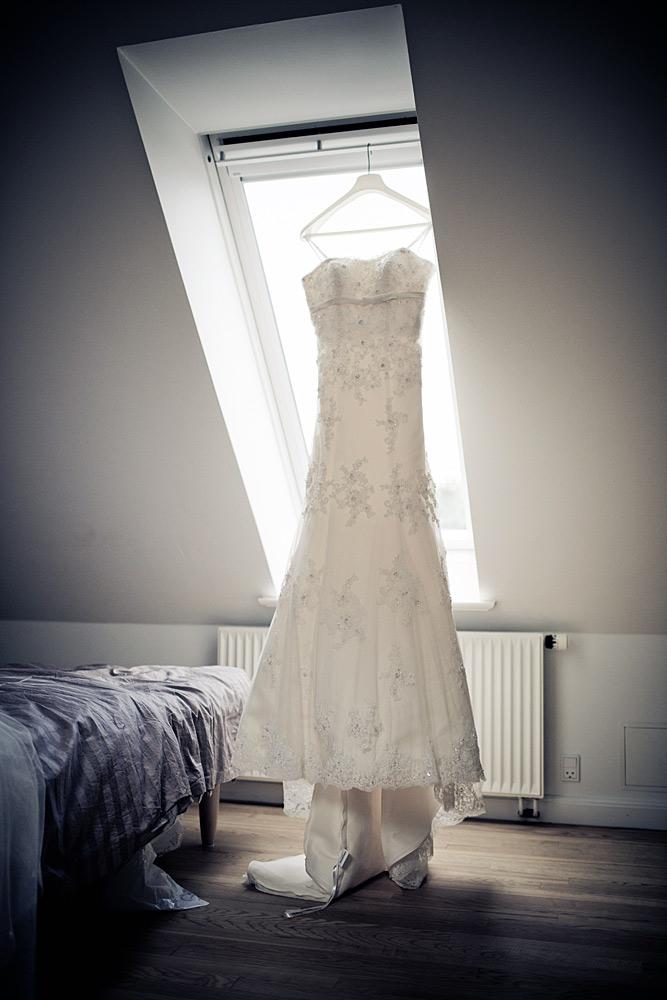Eventyr og brudekjoler